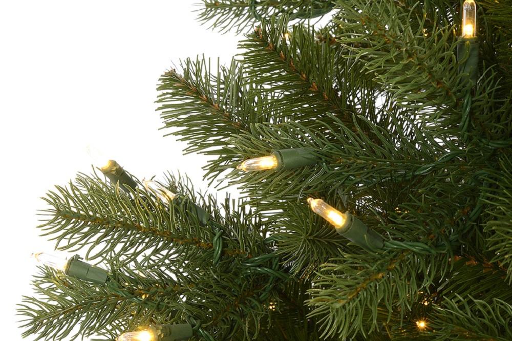 Albero Di Natale Con Decorazioni Blu : Come mettere le luci sullalbero di natale holyart