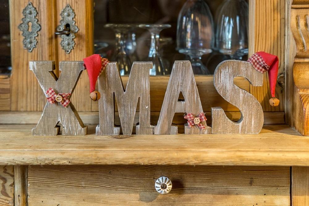 Come ricreare l'atmosfera natalizia: 10 oggetti che non possono mancare