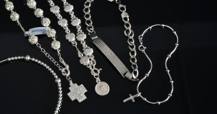 10 tipi di bracciali religiosi che puoi regalare a San Valentino