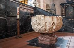 Acqua benedetta: un costante rinnovarsi del Battesimo