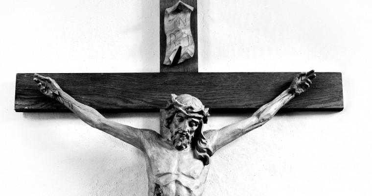 10 crocifissi per casa tua: scoprili nel catalogo Holyart
