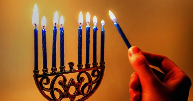 La Menorah: storia e significato del candelabro ebraico