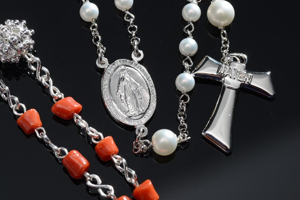 mese del rosario