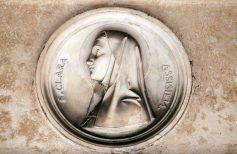 Santa Chiara, la santa che abbracciò la povertà sulle orme di San Francesco