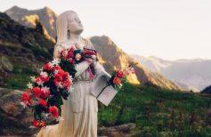 Il profumo dei santi: per ogni santo, un fiore!